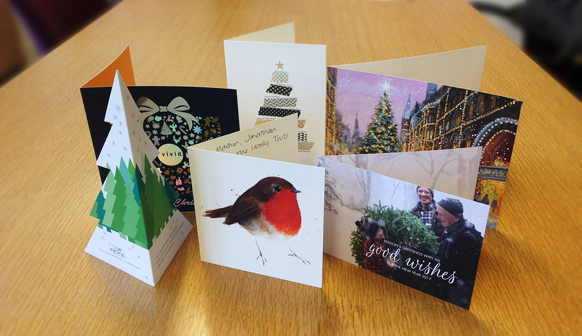 Brits overwhelmingly prefer traditional Christmas cards - Two Sides